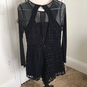 Astr Other - Adorable black lace romper. Perfect for date nite!